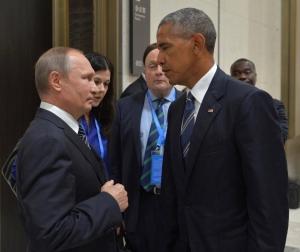Встреча президента РФ Путина В. В. и президента США Барака Обамы. Переводчик Дарья Боярская, выпуск 2009
