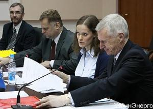 Гендиректор Филип Лоуэ и Ольга Крылова, 2013